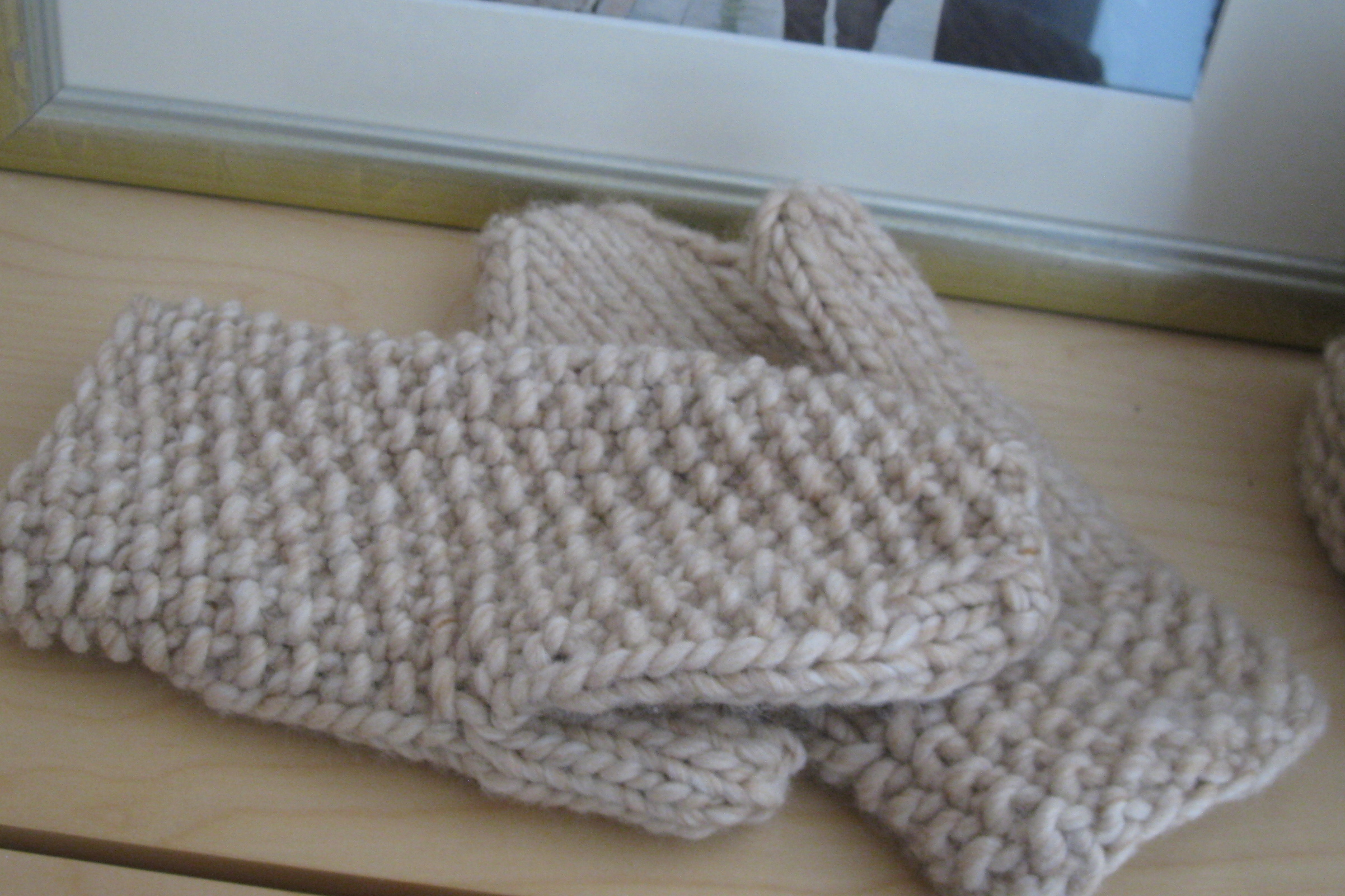 Knitting Pattern For Chunky Wool Mittens : Are your hands cold?   Espace Tricot Blog