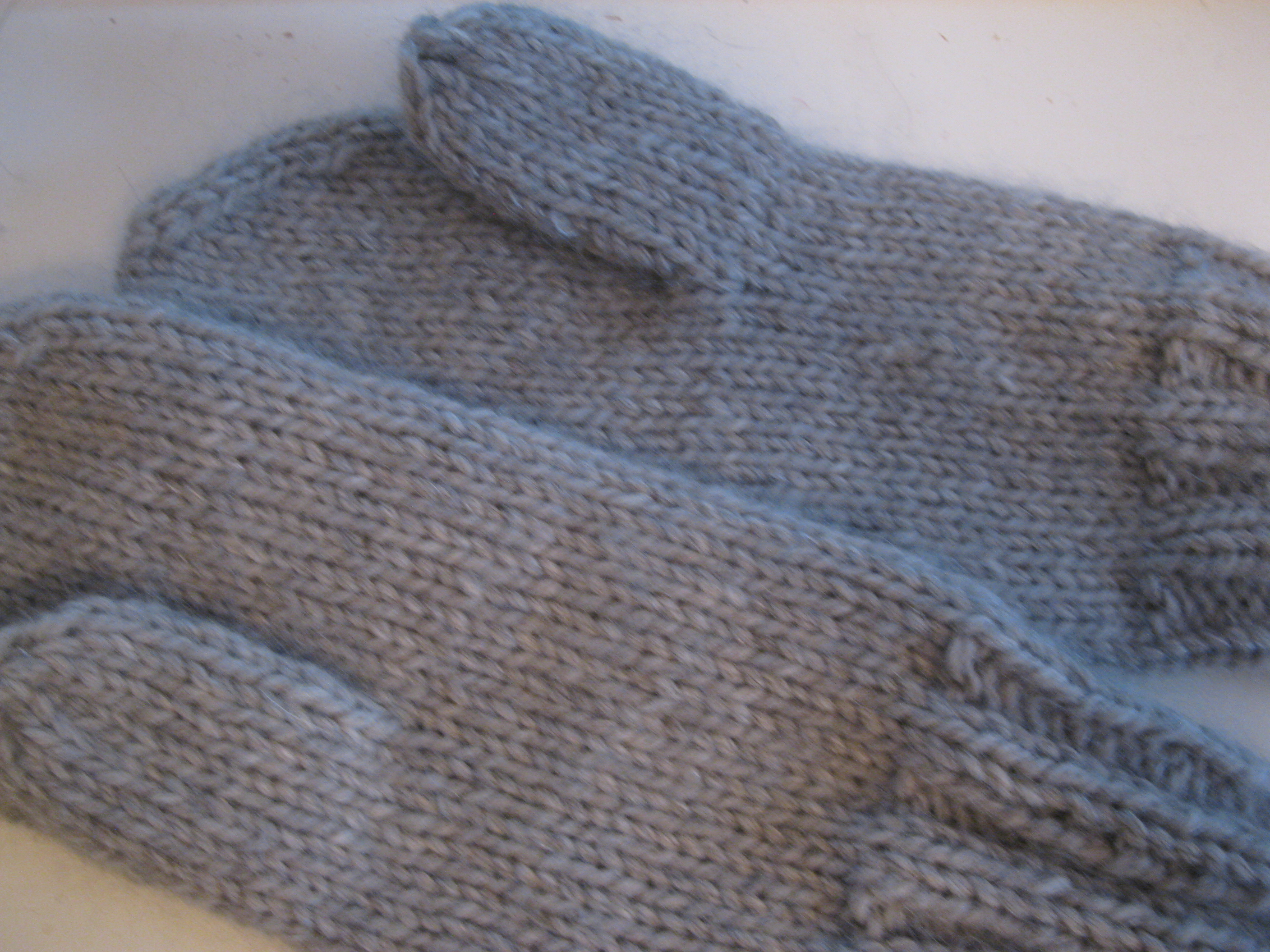 How To Knit A Basic Mitten – Part 1 – Espace Tricot Blog