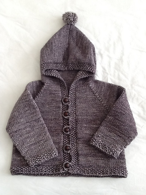 Quick Baby Cardigan Knitting Pattern : Free Pattern Friday: Easy Baby Cardigan   Espace Tricot Blog