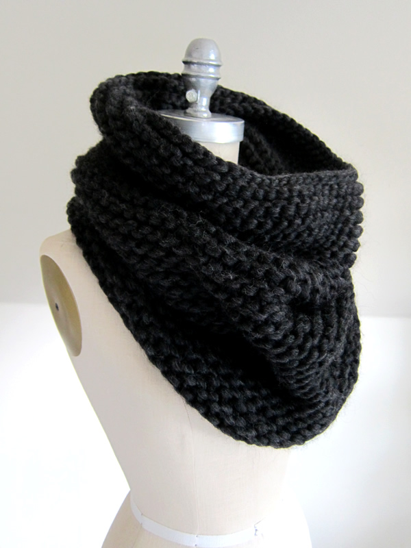 Cowl Knitting Pattern In The Round : Cascade Magnum re-stocked + free project idea   Espace Tricot Blog
