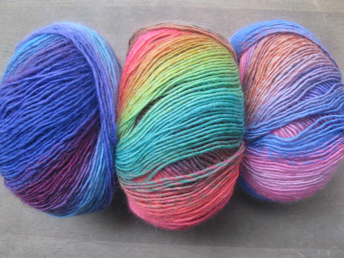 this is the lange mille colori baby a bit more colorful - Laine Lang Mille Colori Baby