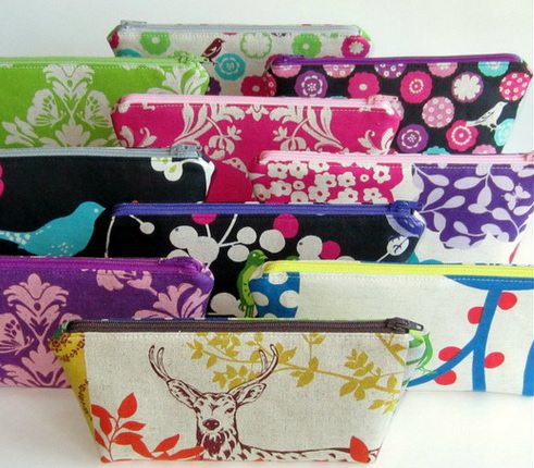 zigzag_zippered_pouch