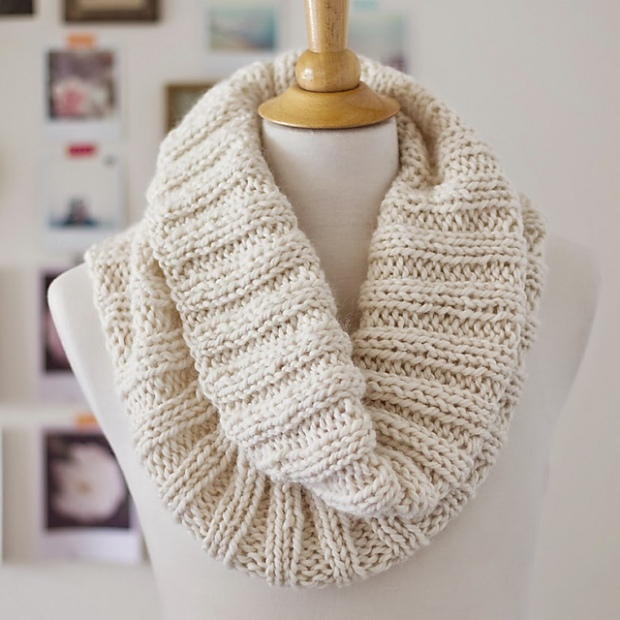 Free pattern Friday: Cozy Ribbed Cowl – Espace Tricot Blog