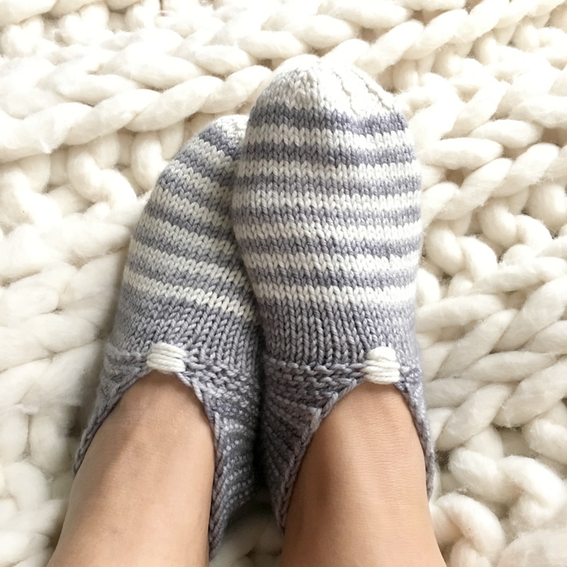 Knitted House Slippers Pattern : Free Pattern Fridays   Espace Tricot Blog