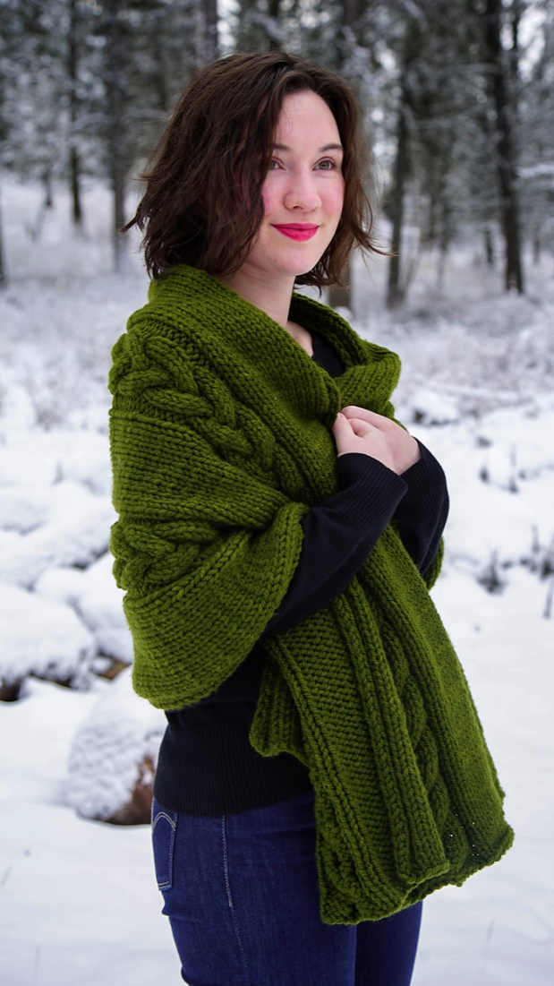 Free Knitting Pattern Chunky Cable Scarf : Free Pattern Fridays   Espace Tricot Blog